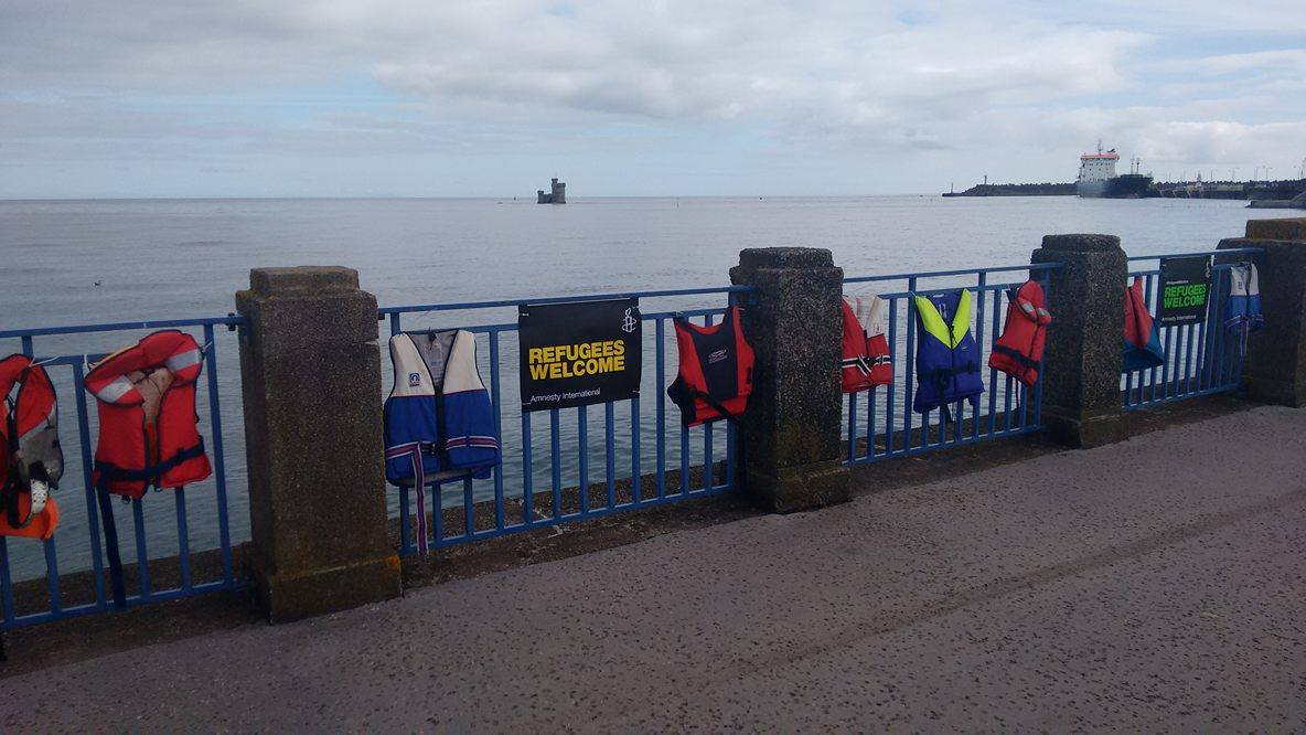 lifejackets on railings